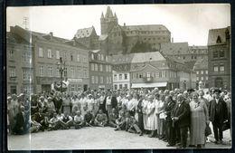 """CPSM S/w Photo Anlaßkarte German Empires Diez 1934""""KdF Reiseteilnehmer Auf Dem Marktplatz"""" 1 Photokarte Blanco - Diez"""
