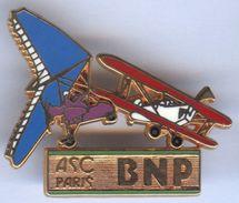 Pin's BALLARD Doré Or Fin BNP ASC PARIS AVIATION AVION - Banks