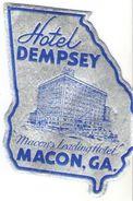 Etiquette D'hôtel Valise/ Hôtel DEMPSEY / Macon's Leading Hotel,/ Macon / Géorgia/ /Vers 1950- 1960  EVM69 - Etiquettes D'hotels