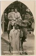 Voyages Hignard Frères - Tunis -  Exposition Coloniale Paris 1931 - Couple Touristes à Dos De Dromadaire - Expositions