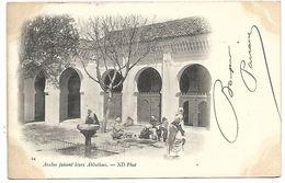 ALGERIE - Arabes Faisant Leurs Ablutions - Algeria