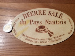 Etiquette En Bois * «BEURRE SALÉ Du Pays Nantais - ANCENIS  (44)» - Fromage