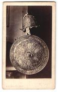 Photo Alphonse Bernoud, Naples, Livourne, Florence,  Vue De Antiker Helm Et Schild - Photographs