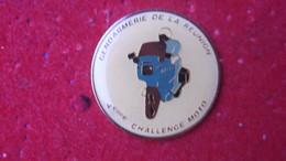 Pin's Gendarmerie De La Réunion 4° Challenge Moto - Army