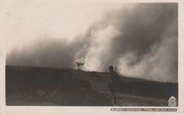 AK Walter Hahn 7327 Riesengebirge Nebel Auf Kamm Riesengebirgskamm Stempel Peterbaude A Petzer Aupa Krummhübel Dresden - Sudeten