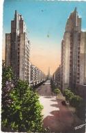 ***  69 ****  VILLEURBANNE  Vue Générale Gratte Ciel Et La Rue Henri Barbusse TTB Neuve - Villeurbanne