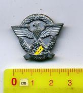 WHW /Winterhilfswerk-Abzeichen,'Reichssammlung',1941, 3.Reich> #*Tag Der Polizei 1942*#,ZINC,badge Allemand - Allemagne
