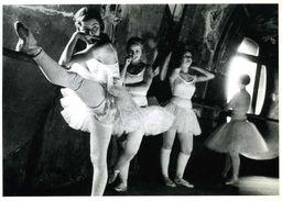At The Paris Opera 1934 Par Lucien Aigner - Altri Fotografi