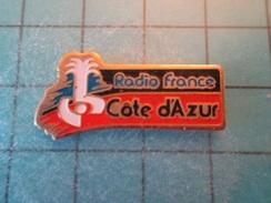 PIN512F Pin's Pins / Belle Qualité Et TB état !!!! : RADIO FRANCE COTE D'AZUR  Marquage Au Dos : - ---  - - Medias