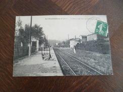 CPA 13 Bouches Du Rhône La Bouilladisse La Gare Et Lou Baou De St Saturnin  TBE - La Bouilladisse