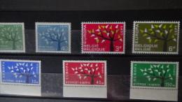 Albums De Timbres Europa Tous ** Dont Très Bonnes Valeurs. A Saisir !!! - Stamps