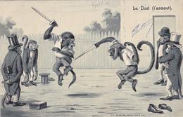 CPA Gaufrée Sport Escrime Duel L' Assaut Animal Humanisé Position Humaine Singe Monkey Embossed - Esgrima