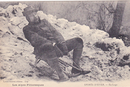 CPA (05) Les Alpes Pittoresques Sport D' Hiver Luge Lugeur Toboggan (Beau Plan) - Sports D'hiver