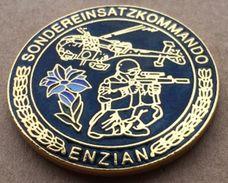 SONDEREINSATZ KOMMANDO - ENZIAN - POLICE - POLIZEI - HELICOPTERE - FLEUR   -      (15) - Police