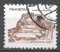 Pakistan 1986. Scott #617 (U) Hyderabad Fort - Pakistan