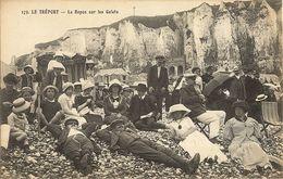 LE TREPORT -    Le Repos Sur Les Galets  176 - Le Treport