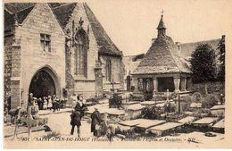 SAINT JEAN DU DOIGT - PORTAIL DE L'EGLISE ET ORATOIRE - Saint-Jean-du-Doigt