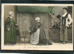 CPA - Costumes D'Homme Et De Femme De PONTIVY  (dos Non Divisé) - Pontivy