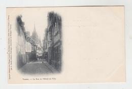 56 - VANNES / LA RUE DE L'HOTEL DE VILLE - Vannes
