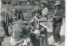 PEROU ))  Etudes Ethnographiques Dans Les Andes Péruviennes Orientales, Danseurs Indigène Et Joueurs De Flute - Peru