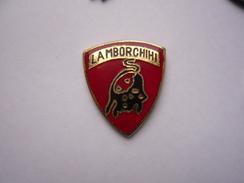 Pin S Logo Automobile Tbq - Badges