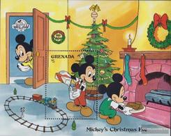 Grenada Block214 (complete.issue.) Unmounted Mint / Never Hinged 1988 Walt-Disney-Figures: Micky Maus - Grenada (1974-...)