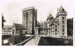27109. Postal PAU (Pyrenées Atlantiques). Chateau Henri IV. Donjon - Pau