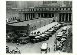 New York 1936 : Greyhound Bus Terminal (and Pennsylvania) Par Berenice Abbott - Transports