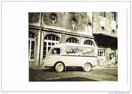 """Cpm - Le Fourgon """" 1000 Kg """" Renault - Camion Des Anis De Flavigny - Publicité Bonbon - - Werbepostkarten"""