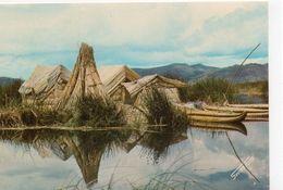 Pérou Puno Maisons Sur L'eau - Peru