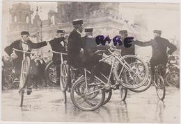 ALLEMAGNE,GERMANY,DEUTSCH LAND,BERLIN EN 1933,FETE DU VELO,BICYCLETTE,LUSTGARTE N,ACROBATE,PHOTO ANCIENNE, - Lieux