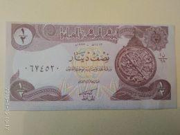 1/2 Dinars 1993 - Iraq