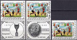 Mexico 1970 Fußball WM Tschad 307+2x307 Zf O 4€ Pokal Fußballspieler Sport Sheet Football Flag Se-tenants Bf Soccer - Tchad (1960-...)