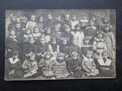 CP ECOLE (M1801) ECOLE STE BARBE 1917 (2 Vues) Carte Photo De Classe De Fille 156 Chaussée De Ninove - Ecoles
