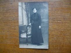 Ancienne Carte Photo , Silhouette D'une Femme - Silhouettes
