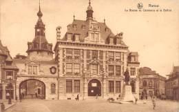 NAMUR - La Bourse Du Commerce Et Le Beffroi - Namur