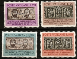 Vatican 1962 Congress For Christian Archeology 4 Val. MNH, Sarkophage And Memorial Slab With Petrus And Paulus - Archaeology