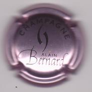 Capsule Champagne BERNARD Alain ( 13 ; Rosé-violacé Et Noir ) {S03-18} - Unclassified