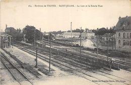 SAINT JULIEN LA GARE ET SCIERIE HUOT - Gares - Avec Trains