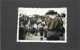 CAMP DE SCOUTS  -en 1932 Drapeau Carpentras (photo Format 8,8cmx6,1cm Montée Sur Un Support Format Carte Ancienne) - Altri