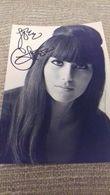 CHER - Autographe - Chanteuse Américaine - Signature - Autographes