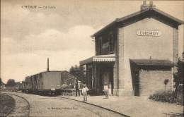 89 CHEROY  La Gare - Gares - Avec Trains