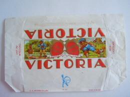 Victoria Melk Chocolade Chocolat Au Lait Wikkel Emballage Contes De Perrault Sprookjes Chaperon Rouge 17,5 X 10,8 Cm - Autres Collections