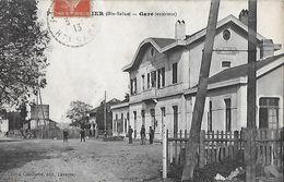 CPA (70)  PORT D'ATELIER.  La Gare (extérieur), Animé  .B258 - France
