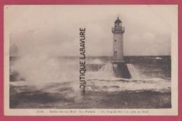 56 - BELLE ILE EN MER---Le Palais--Phare---un Coup De Mer A La Jetee Du Nord----cpsm Pf - Belle Ile En Mer
