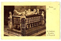 CPA 44 Loire Atlantique Nantes La Cathédrale Le Tombeau De François II - Nantes