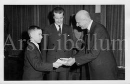 Postcard / ROYALTY / Belgique / Prince Albert / Prins Albert / 1960 / Pour Les Sinistrés De Fréjus - Frejus