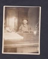 Photo Originale Genealogie Charles Eder à Montlucon ( Bleu De Travail  Microscope Dedicacée à Sa Femme Yvonne Demange ) - Personnes Identifiées