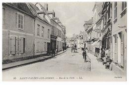 Cpa: 80 SAINT VALERY SUR SOMME (ar. Abbeville) Rue De La Ferté (Patisserie, Attelage) LL 95 - Saint Valery Sur Somme
