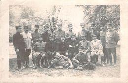 CPA Photo Groupe Militaire Lons-le-Saunier  (animée) CC 322 - Personnages